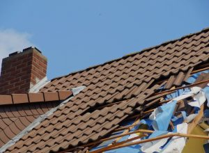 4 Signs Your Roof is in Need of Immediate Repair